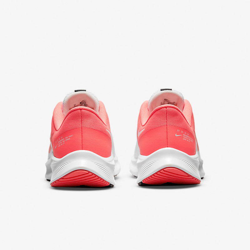 NIKE WMNS NIKE QUEST 4